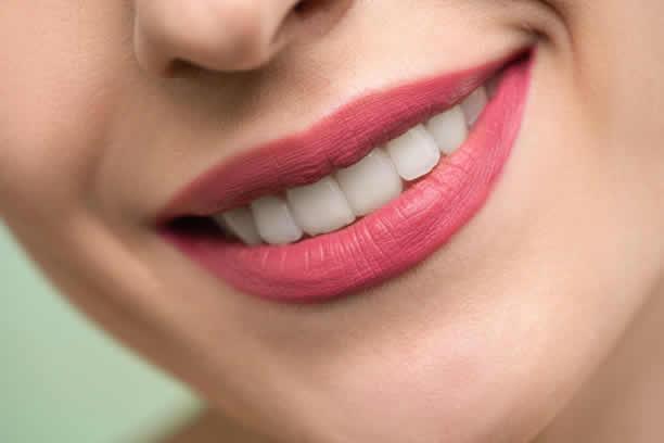 Dbaj o zęby, leczenie zębów w ciąży – prawdy i mity