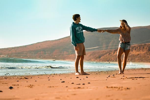 10 oznak, że Twój najlepszy przyjaciel chce czegoś więcej niż tylko przyjaźń